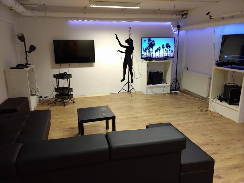 Studio lounge foto - HOME